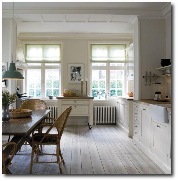 Dream Kitchens White Cabinets