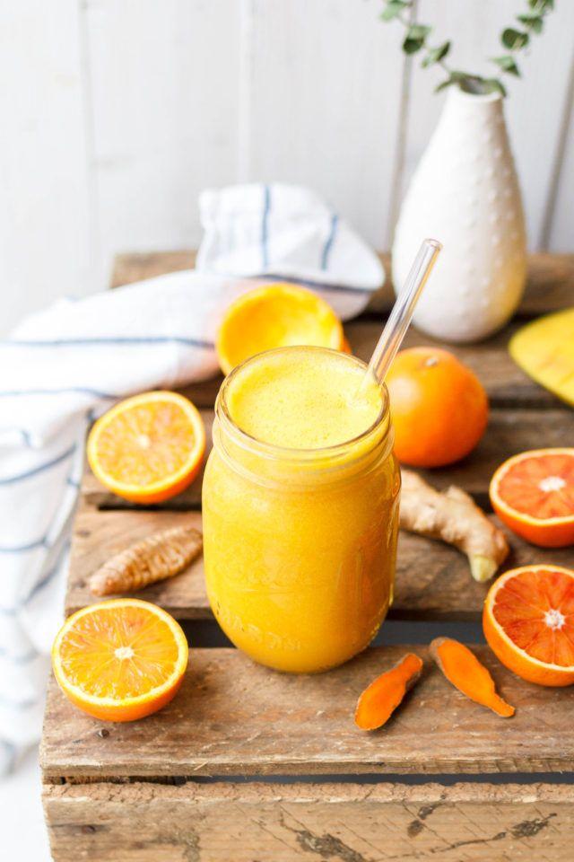 Kurkuma Elixier mit Orange & Ingwer Entdeckt von Vegalife Rocks:  www.vegaliferocks.de✨ I Fleischlos glücklich, fit & Gesund✨ I Follow me for more inspiration  @vegaliferocks