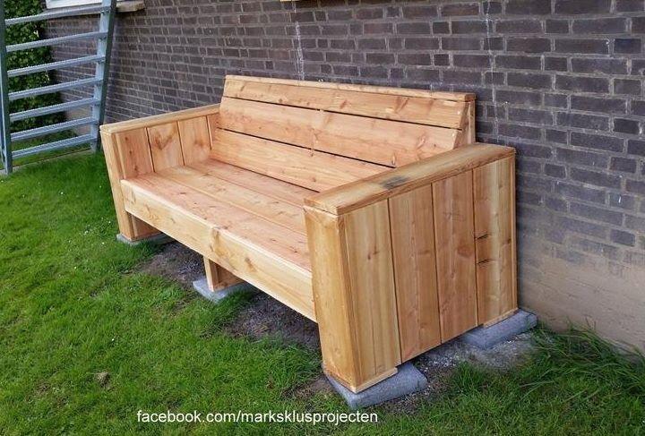 Pallet Bench Pallet Furniture Plans 31 Diy Pallet Chair Ideas Pallet Furniture Plans Di In 2020 Pallet Furniture Designs Diy Pallet Furniture Pallet Garden Benches