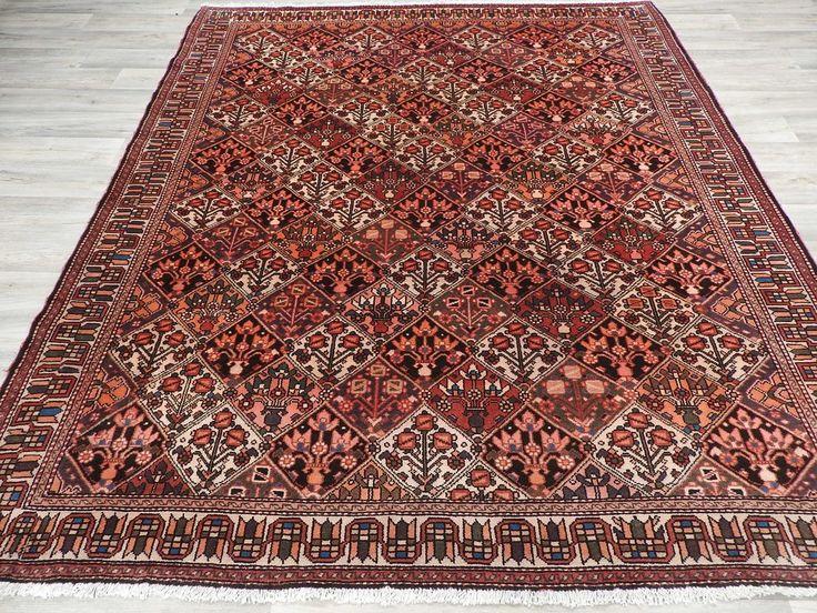 Persian Hand Made Hamedan Rug Size: 225 x 215cm