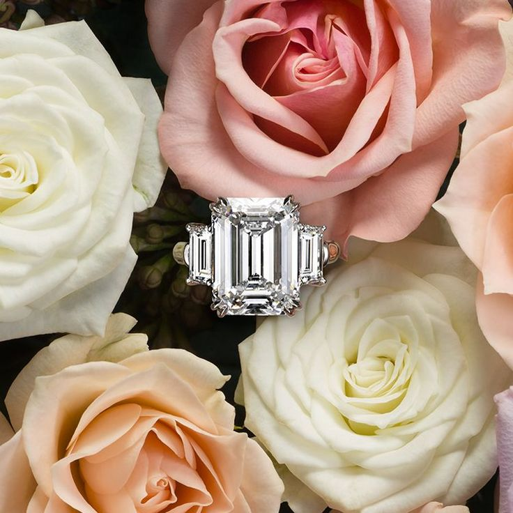 A #HarryWinston diamond never has any inclusions visible to the naked eye. An emerald cut reveals more of the stone's interior and makes the most of its clarity. What a sublime tribute to true love. #BrilliantlyInLove