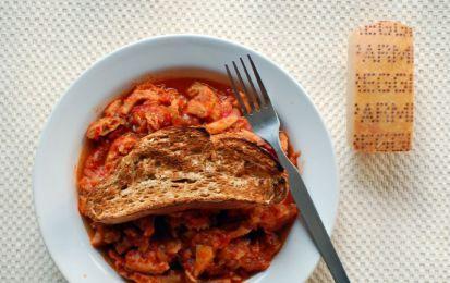 Trippa alla milanese - La trippa alla milanese è una ricetta classica della cucina lombarda, che trasforma questo cibo povero ma molto nutriente e saporito in un buon piatto unico.