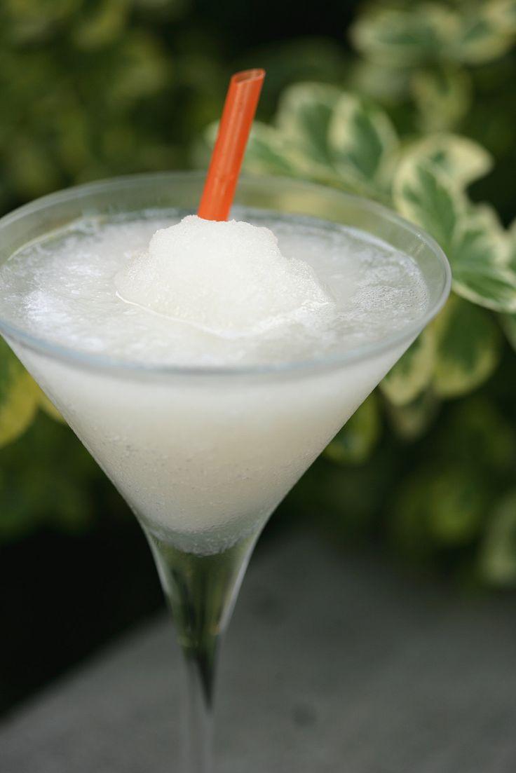 Classic Frozen Daiquiri Recipe — Dishmaps