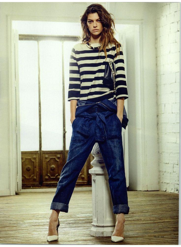 TWIN-SET Simona Barbieri: the model Marta Ortiz wears striped blouse. Magazine: Telva 01.03.2015