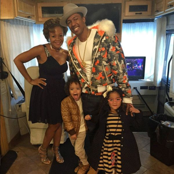 Nick Cannon and Mariah Carey's 4-Year-Old Twins Make the Coolest DJs at Nickelodeon's HALO Awards | E! Online