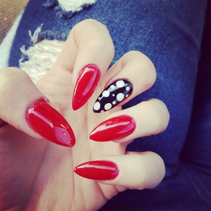 #red #black #white #polkadots #stiletto #nails