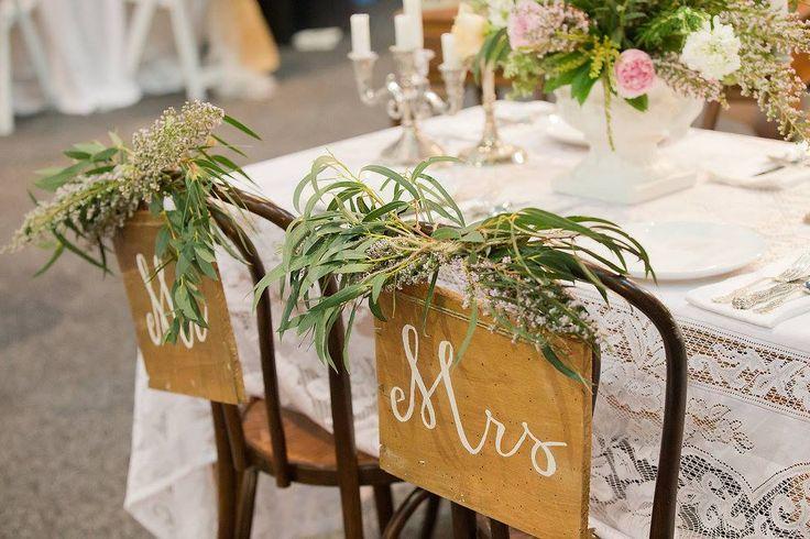 Vintage & Pretty table setting