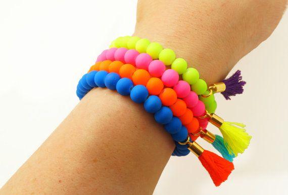Néon perlé Tassel Bracelet - Bracelet extensible - néon rose jaune Orange bleu - couleur bloc Bracelet