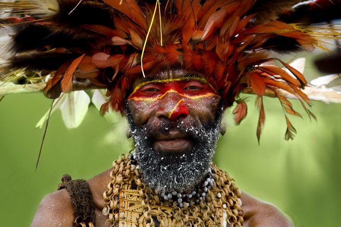 Papua New Guinea. Photo: Eric Lafforgue.