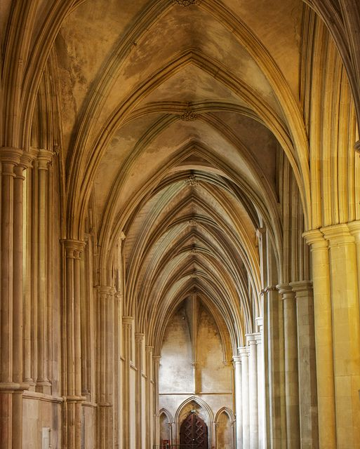 St Alban 39 S Abbey Hertfordshire Uk Architectural Beauty Pinterest Photos
