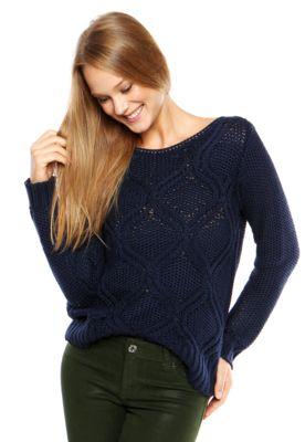 Suéter DAFITI ONTREND Textura Azul Marinho, com textura localizada, modelagem reta, manga longa e decote canoa.Confeccionado em tricô 100% Acrílico.Medida: Manga: 6cm/ Busto: 64cm/ Comprimento: 116cm/ Tamanho: P.