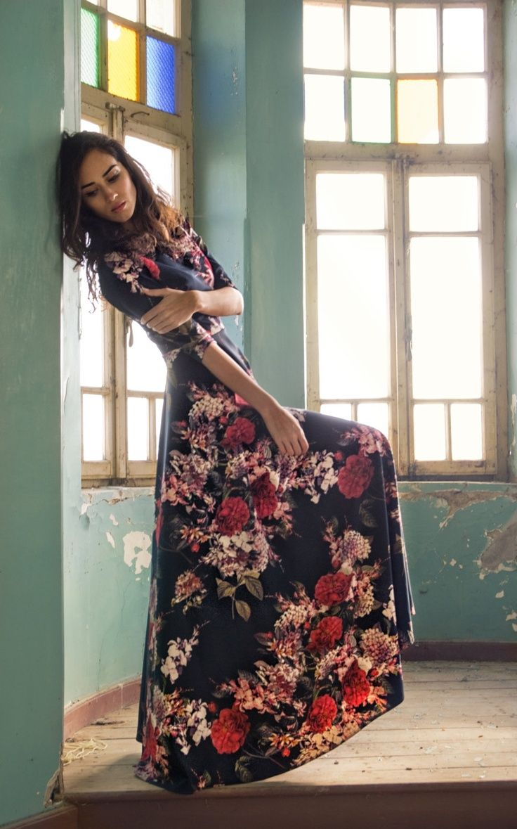 Stunning long maxi summer dress black floral beautiful women fashion style apparel outfit clothing