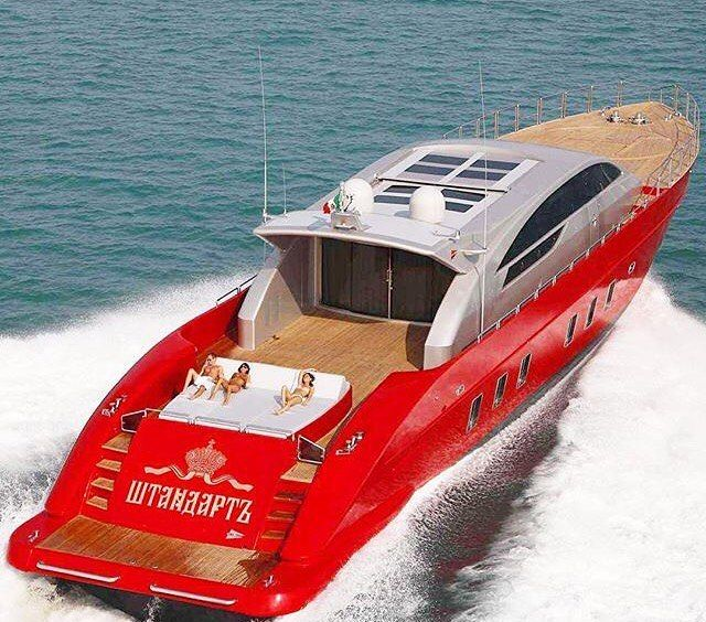 Standarte 37 Mt By @tecnomar #topyacht#yacht#yachts#boat#boats#topyachts#sea#luxury#sun#amazing#richlife#richpeople#rich#yachting#superyacht#megayacht#megayachts#superyachts#richtoys#enjoy#life#toplife#lux#luxe#style#fashion#yachtlife by topyacht