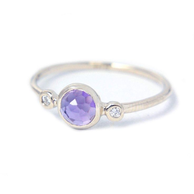 Anethyst & Diamonds in White Gold 💜