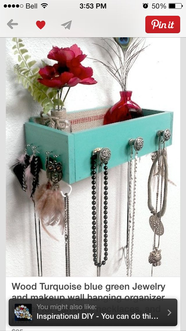 Old drawer to organize jewelry