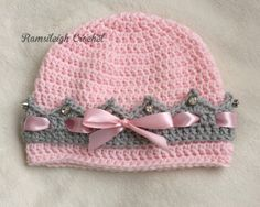 Girly Crown Hat {FREE PATTERN}