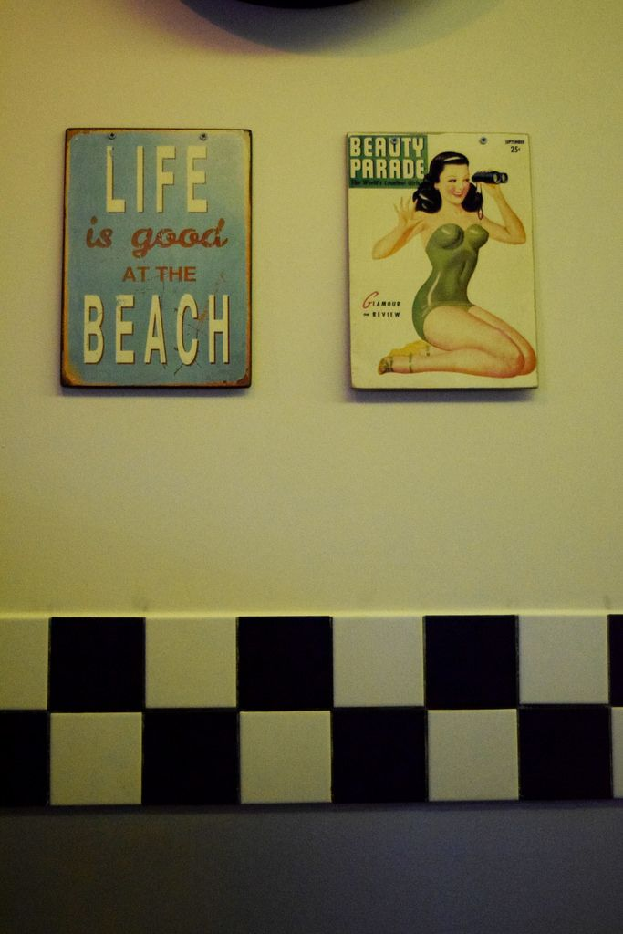 Life is good at the beach.. ..with a pinup girl! photo by Natbee fashion blogger