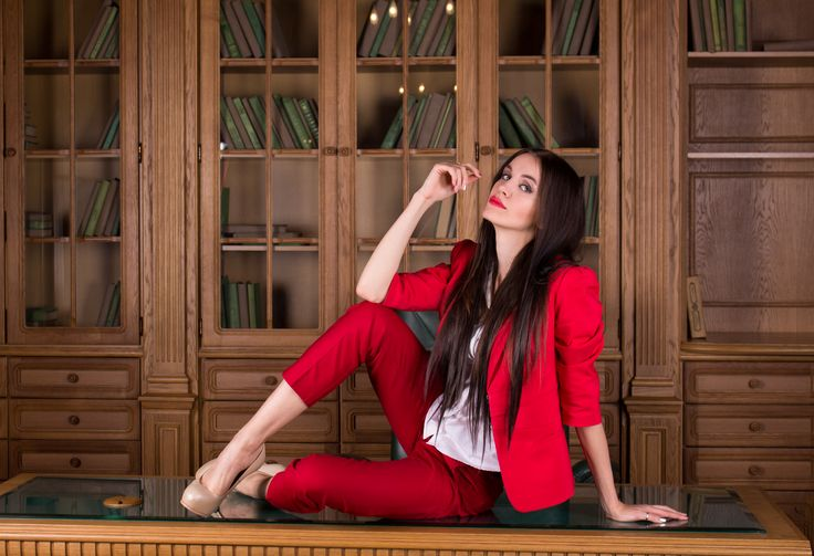 Office style in red colour, Maryana Dan