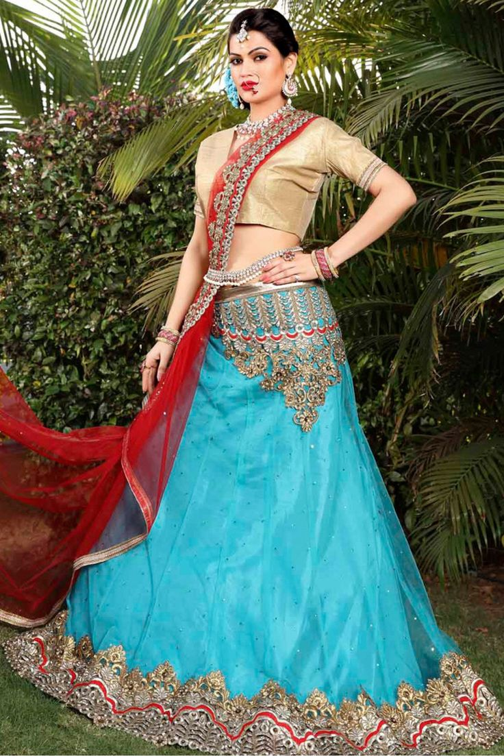 42 best Indian outfits images on Pinterest | Indian gowns, Indian ...
