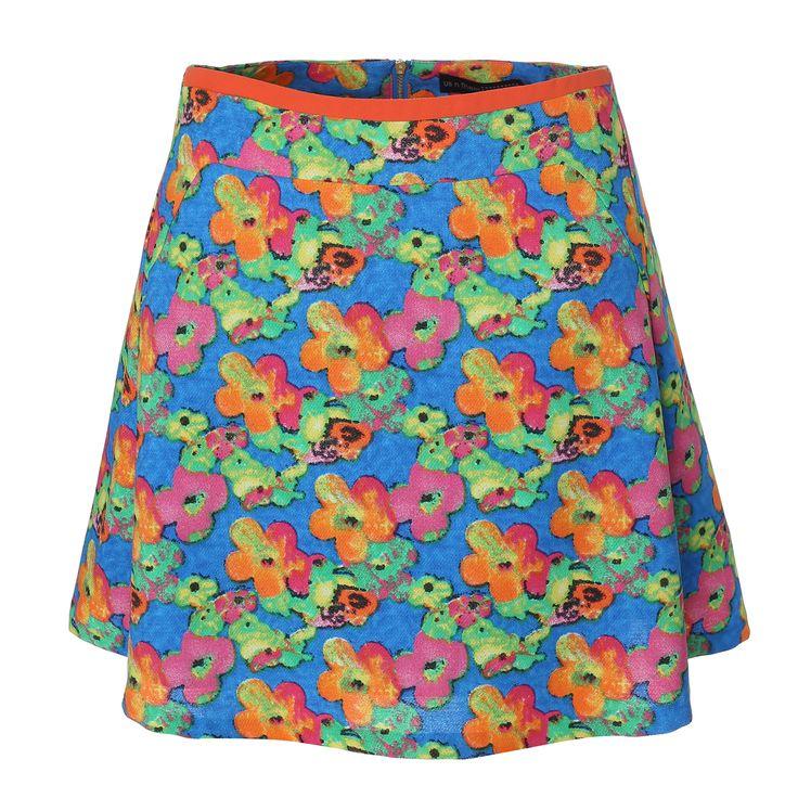 여름에도 러블리한 플라워 패턴이 진리! #엘롯데 #어스앤뎀 #플라워_플레어_지퍼스커트 #꽃무늬스커트 #스커트 #usnthem #skirt