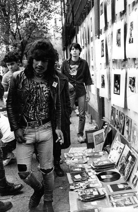 El Chopo: rock & punk flea market in Mexico City