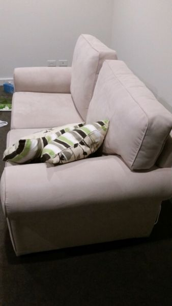 Sofas inc. fold out bed | Sofas | Gumtree Australia Melbourne City - Kensington | 1079287499