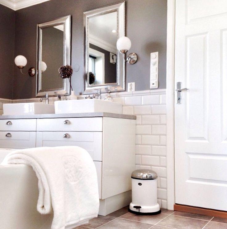 shabbychic country landhaus scandinavish bathroom badezimmer inspire inspiration white mirror