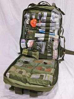 Survival Medical Kit | Active Shooter First Aid Kit | Trauma Medical Kit - Doom and Bloom http://sssurvival.blogspot.com