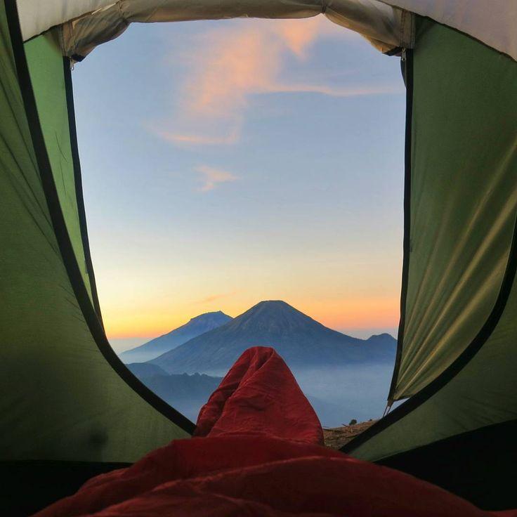 "Photo taken at Mt. Prau, Dieng, Wonosobo - Jawa Tengah by @bimohendarto #livefolkindonesia #explorewonosobo #exploreindonesia"""