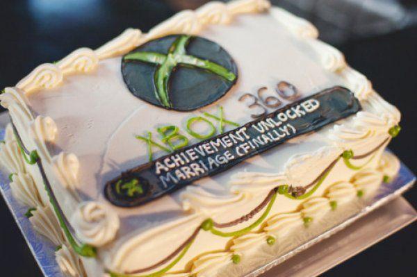 Nerdy Wedding Cake: XBox Achievement Unlocked Marriage
