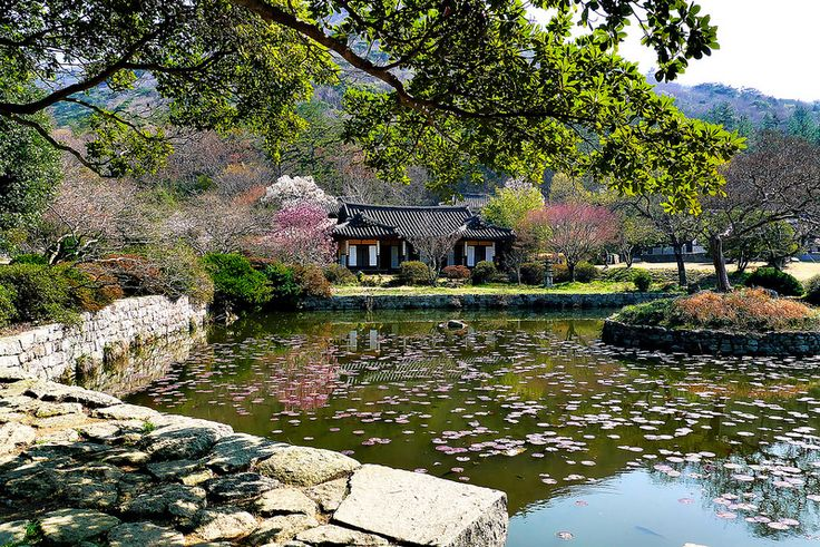 Ullimsanbang in Jindo | by travel oriented