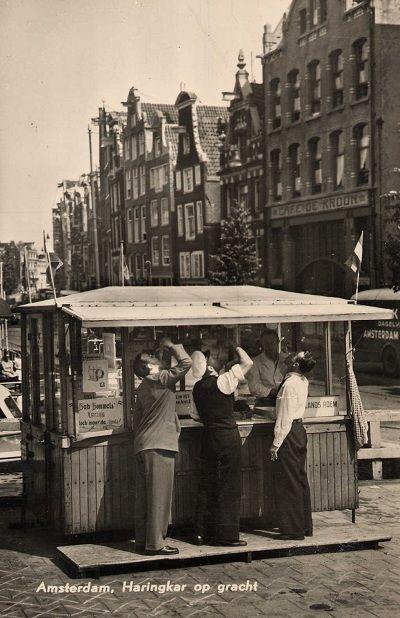 www.trondbargie.nl - - - - - - - - - Amsterdam - happen aan de haringkar