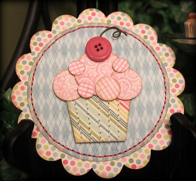 Cute way to make cupcakes - with circles!