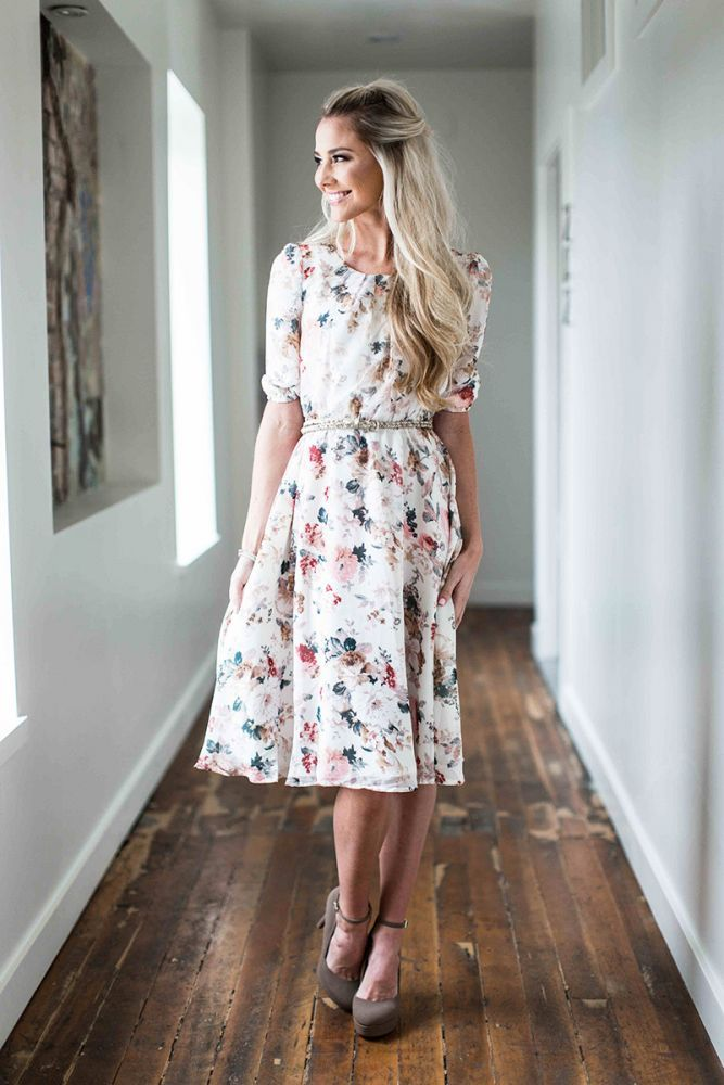 17 Best ideas about Modest Clothing on Pinterest | Modest outfits ...