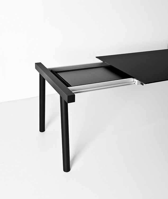 Torii black version by Bartoli Design - Kristalia