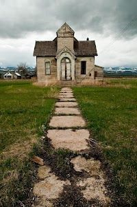 Old church in Ovid, Idaho | FollowPics