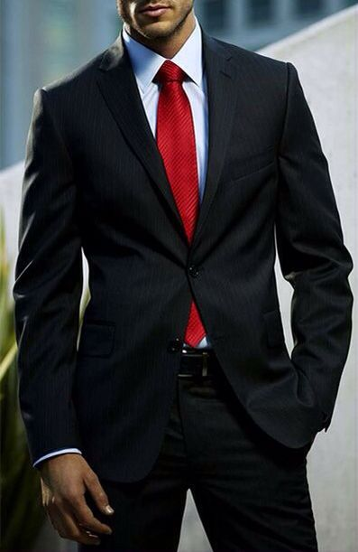 Love the black suite white shirt red tie look