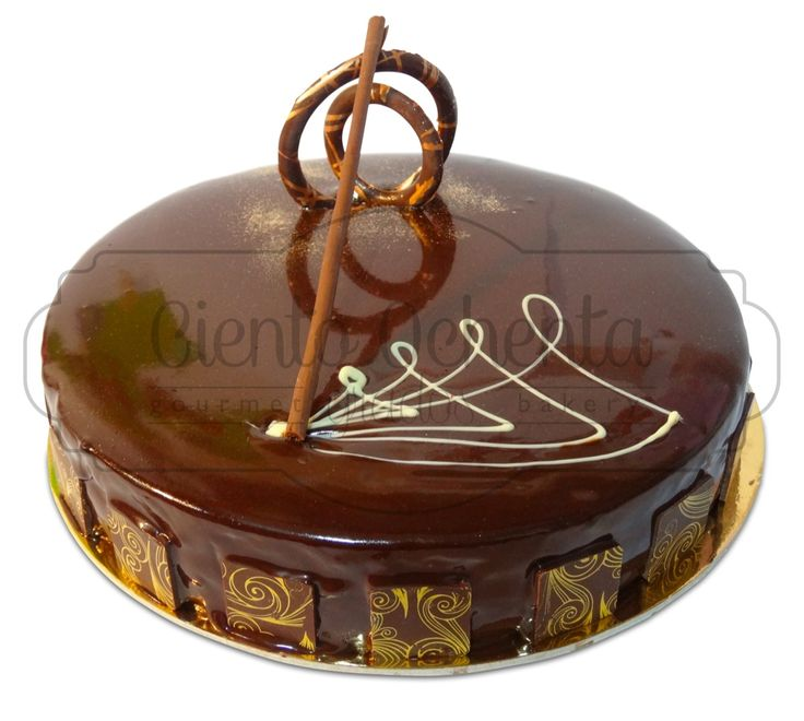 Torta de chocolate con mousse de Maracuyá