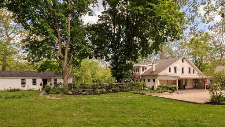 Converted barn on Wissahickon Creek asks $1.29M