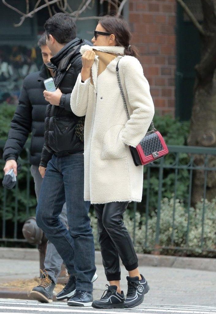 Irina Shayk Photos: Irina Shayk Looks Chic in NYC