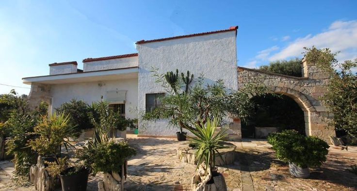 Property in the national park of Torre Guaceto in Puglia € 198000