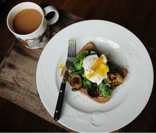 POACHED EGG & CARAMELIZED BRUSSELS SPROUTS