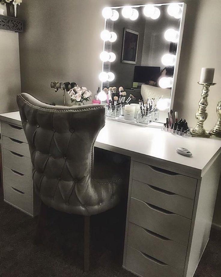 Top 25+ best Makeup vanity desk ideas on Pinterest ...