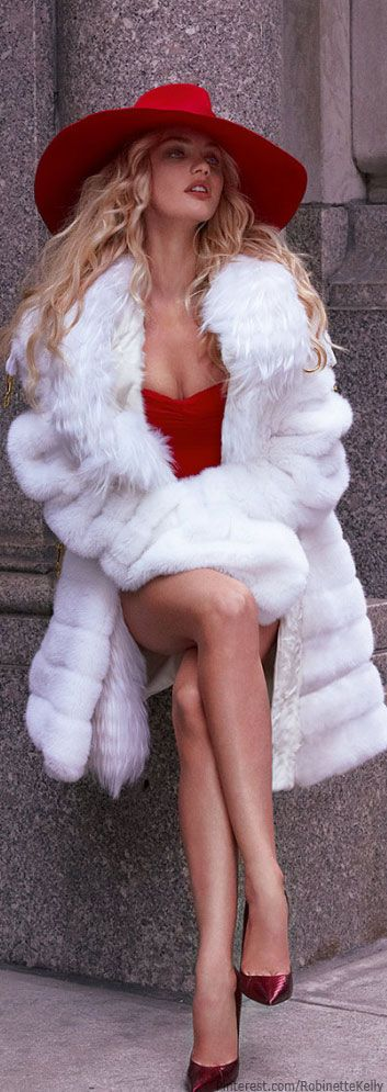 Candice Swanepoel by Mariano Vivanco for Vogue Mexico September 2013.-ShazB