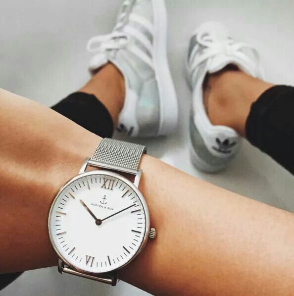 campus silver mesh watch in combination with cool sneakers | kapten-son.com
