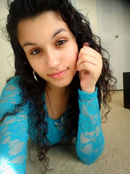 Puerto Rican Girls With Curly Hair - Google Search  Pretty Young Ladies In 2019  Puerto Rican -2912
