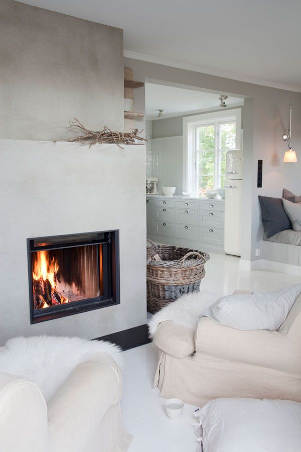 A renovated house in Norway « When I'm home, I want to be surrounded by light, air and heat, » said Vigdis, interior designer, about her ho...
