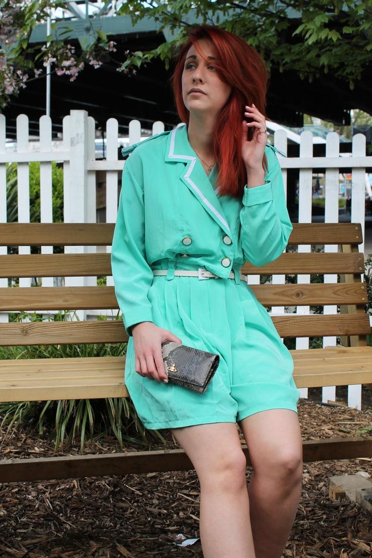 Fashion Blogger photo shoot LJTfash.blogspot.co.uk #whatimwearing #streetstyle #vintage