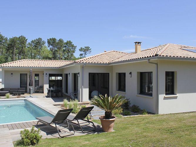 Les 25 meilleures id es de la cat gorie maisons for Plan de belle villa