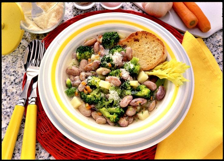 Zuppa di fagioli e broccoli